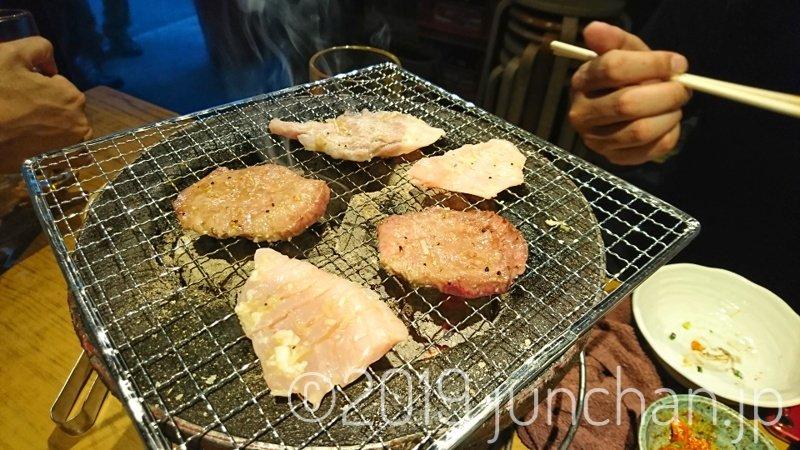 七輪で焼き肉