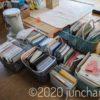 家に溜まっている書類をかき集め、整理整頓を。今日は1部屋に集結させて、整理すると