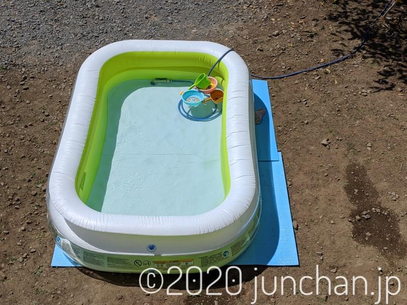 子どもたちが上がったプール
