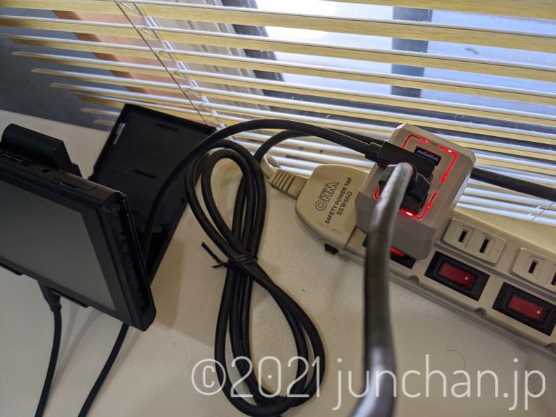 「NTDSW-HDMI-PORT」にケーブルを接続